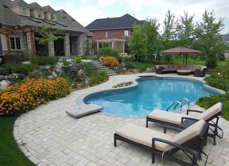 backyard landscaping in Toronto
